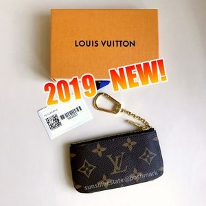 2019 New! Louis Vuitton Monogram Key Pouch
